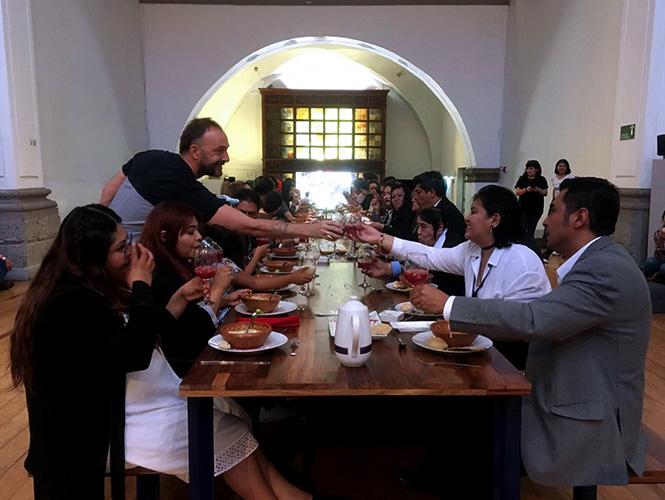 Banquete función social comida - Pierre Valls